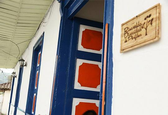 CAFE RISARALDA TIENDA CAFE GUATICA CAFETEROS DIVERSIDAD PERFILES ESPECIAL PAISAJE CAFETERO