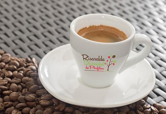 CAFE TIENDAS CAFETEROS CALIDAD RISARALDA DIVERSIDAD DE PERFILES